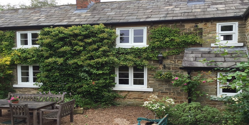 ENGLAND - Casement windows